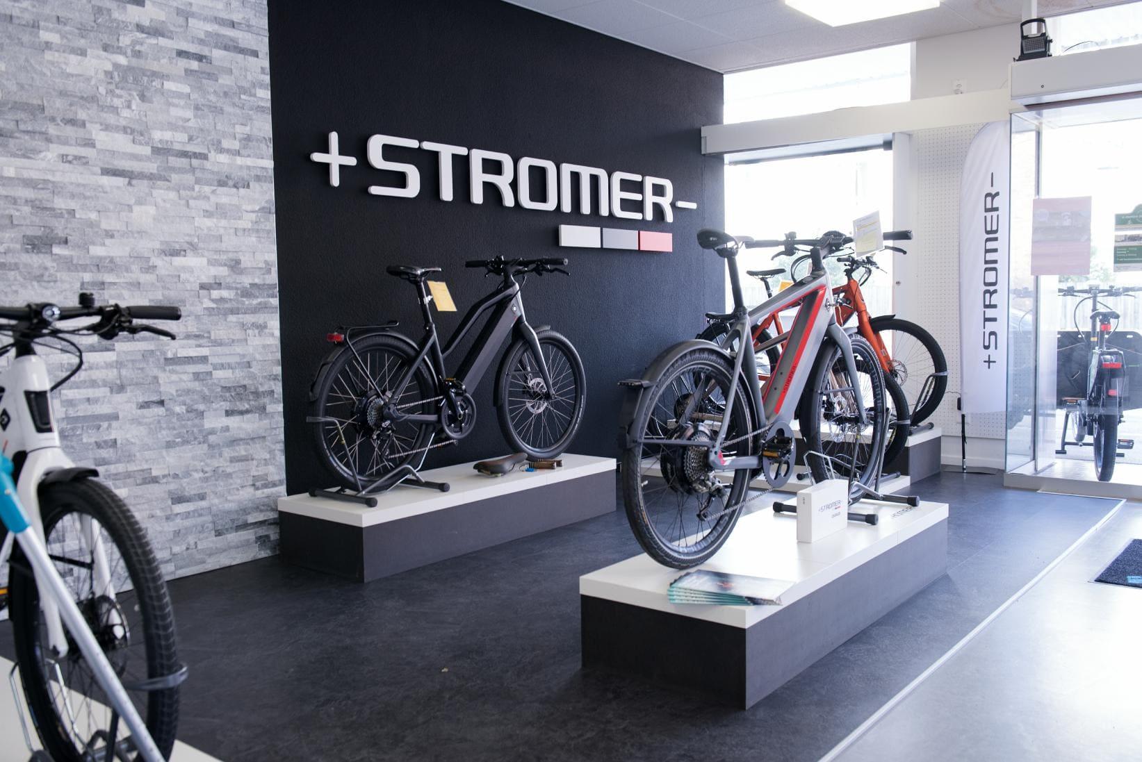 e-motion e-Bike Welt Dietikon_Shop_2018_5_Stromer e_mountainbikes_Verkauf_Podest