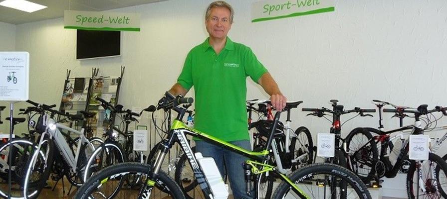 Der Inhaber der e-motion e-Bike Welt Lenzburg